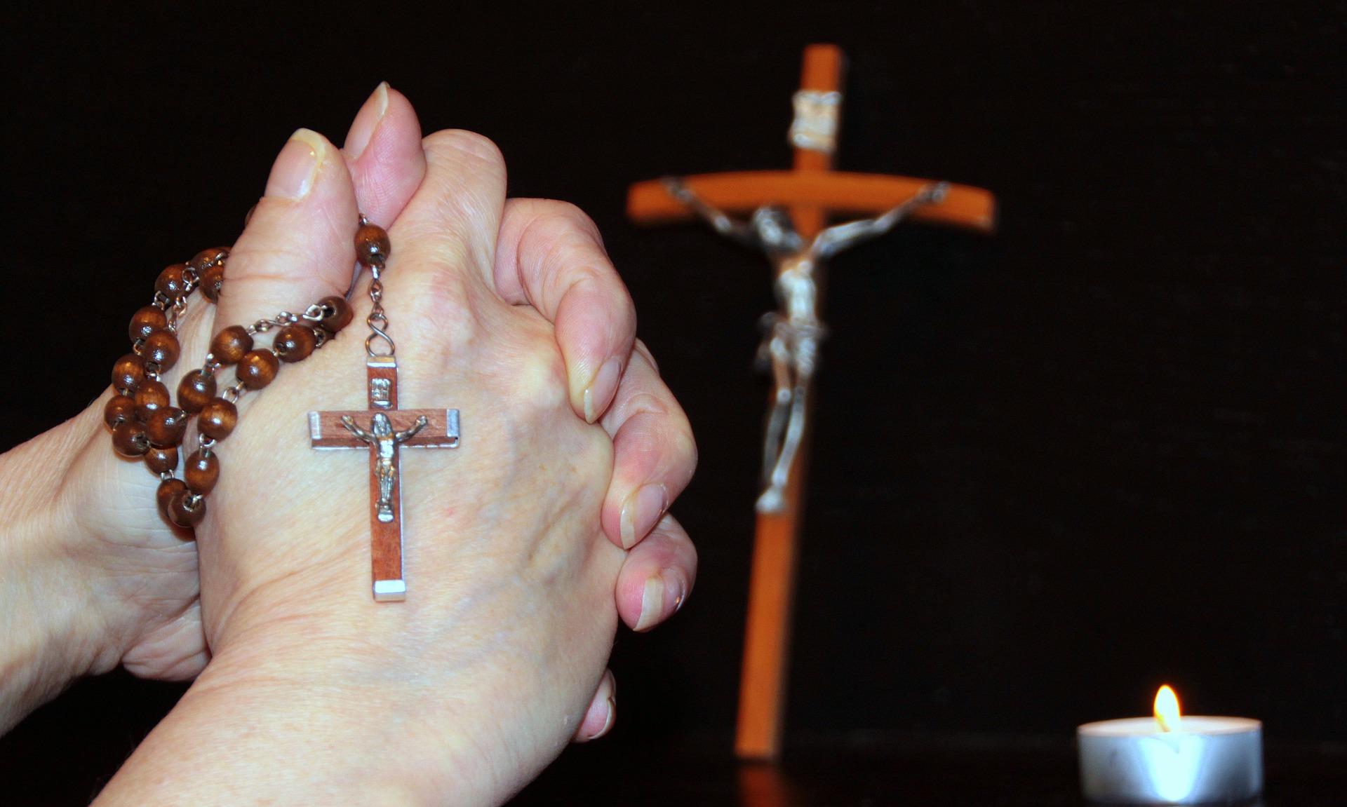 prayer rosary lift